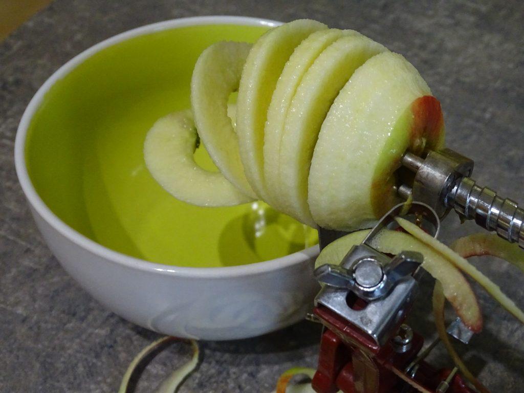 eplucher pomme compote delbard
